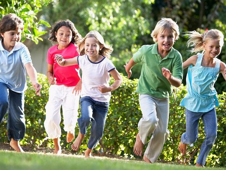 why children run way Gait - the way children walk gait is the word used to describe the way people walk parents often worry about whether the way their child walks is normal often the.